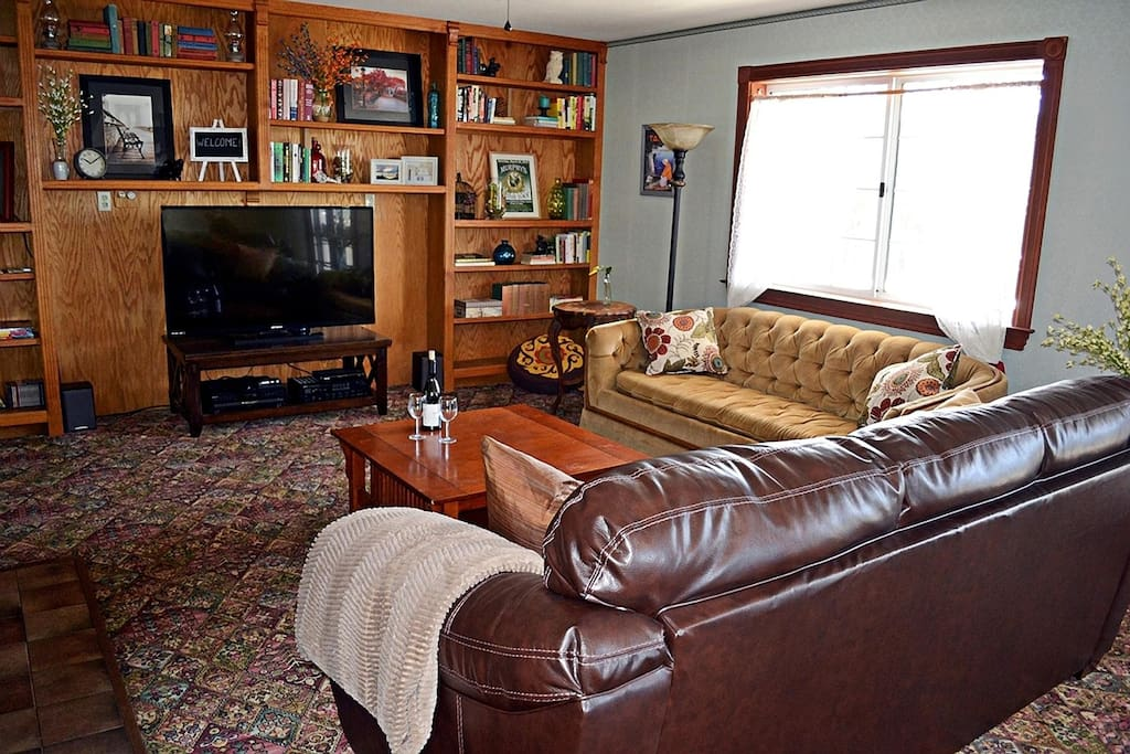 Living Room - Large TV with blu ray and Roku - plus french doors to the deck