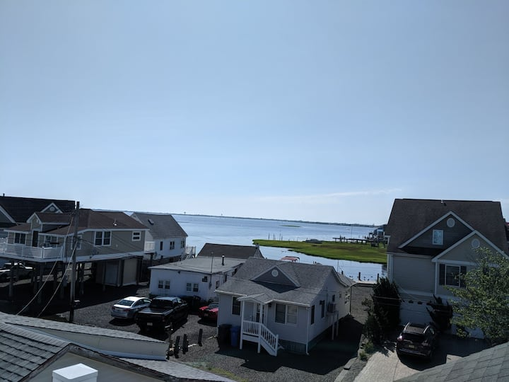 *Happy as a clam in Mud City | Minutes to LBI*