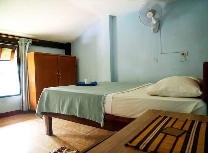 Affordable Fan room