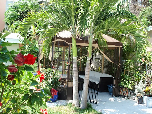 Charming house in Coral Way - Miami - Rumah