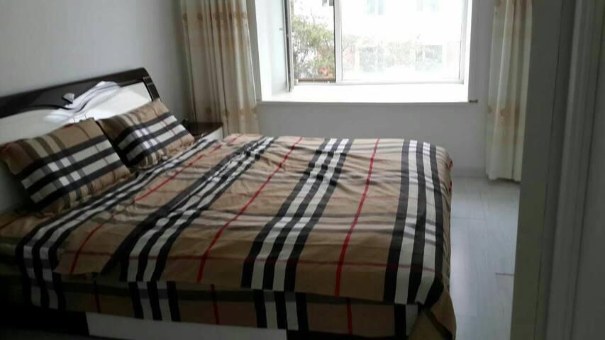 干净卫生温馨三居室二楼 - Weihai - Pis