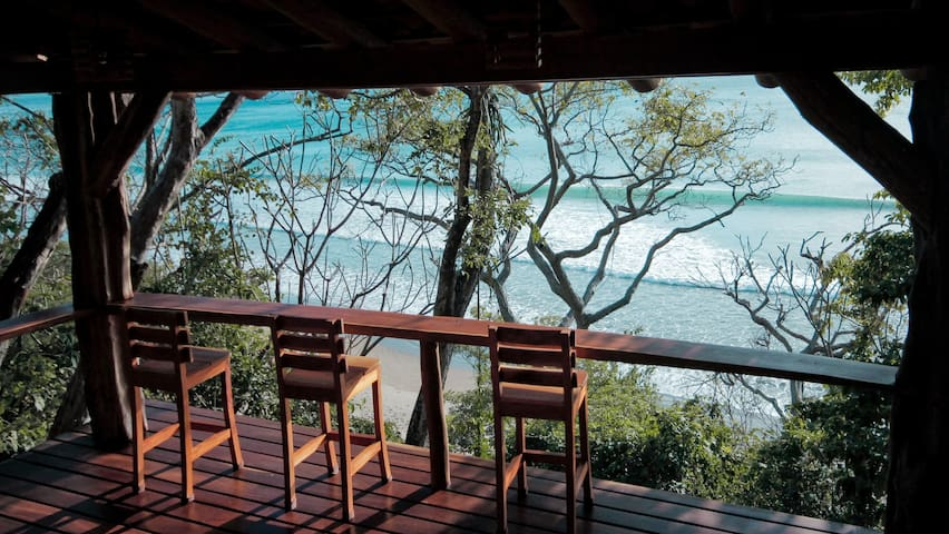 Amazing View Beachfront Surf & Yoga Paradise Cabin