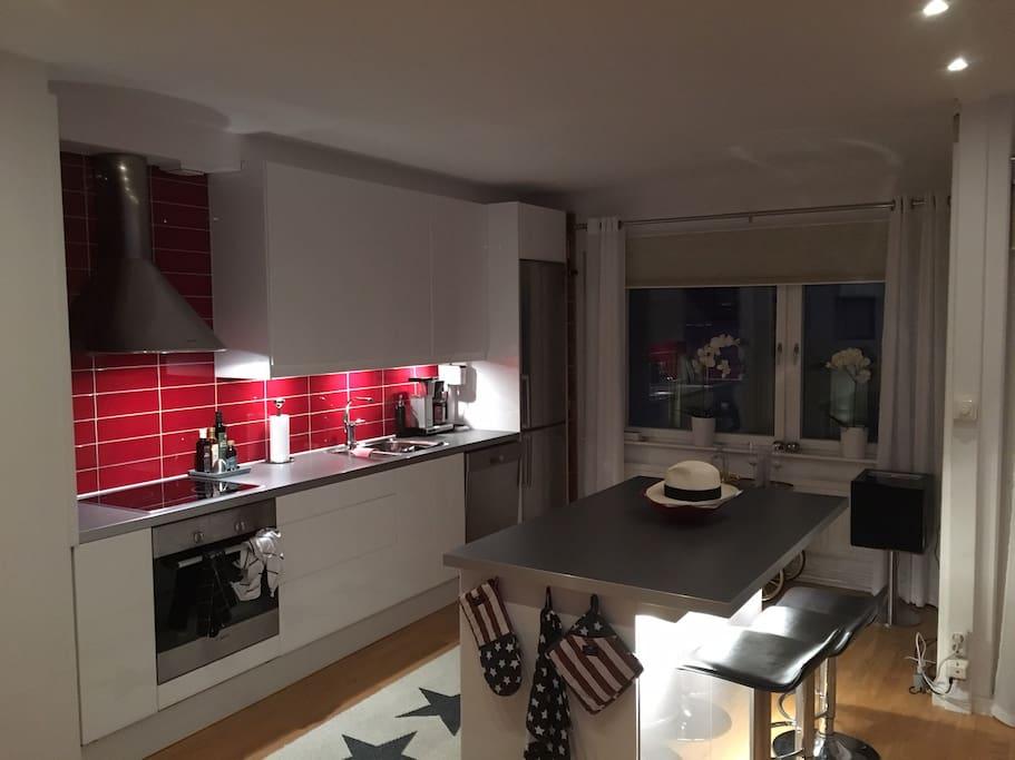 Fullt utrustat kök med diskmaskin