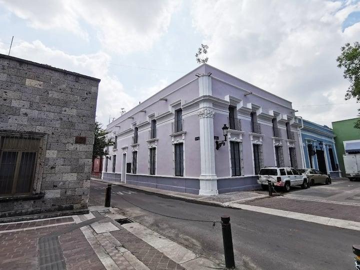 "Condominio ""Pitaya"" Casona 9 Esquinas centro GDL"