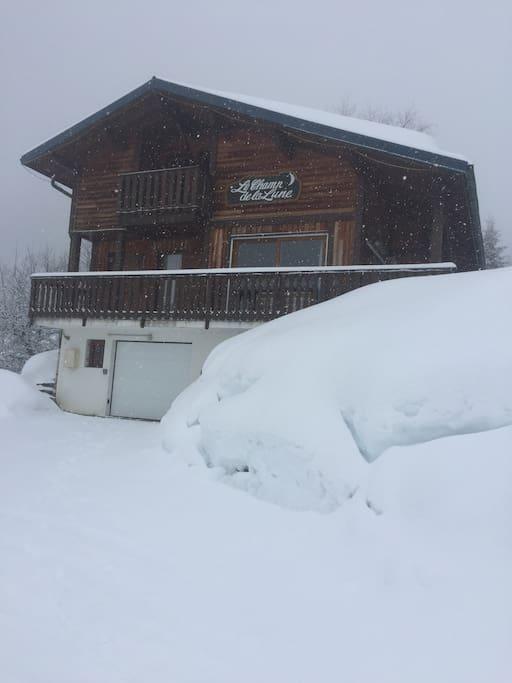 Deep snow wonderful skiing January 2018