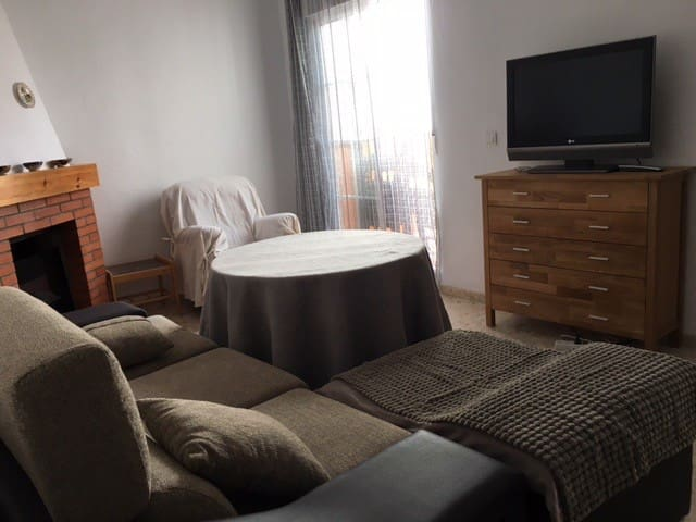 Bright house w/ 3 rooms and terrace - Alhama de Almería - Huis