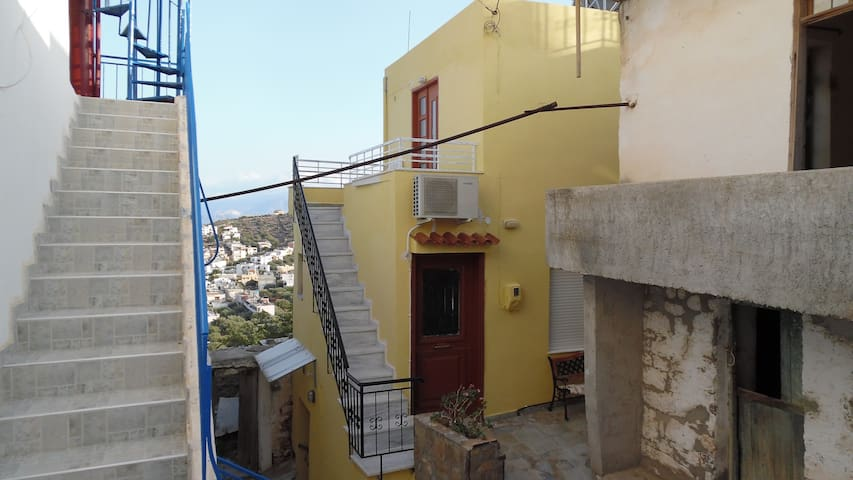 Rooms with view in Elounda - Elounda - Departamento