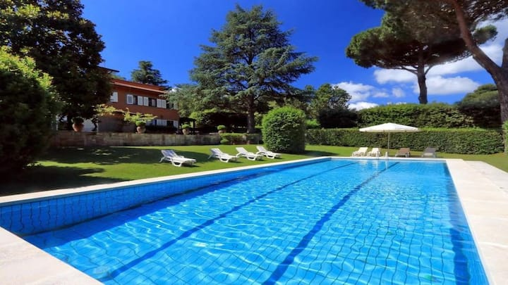 Beautiful Villa in Rome's Countryside