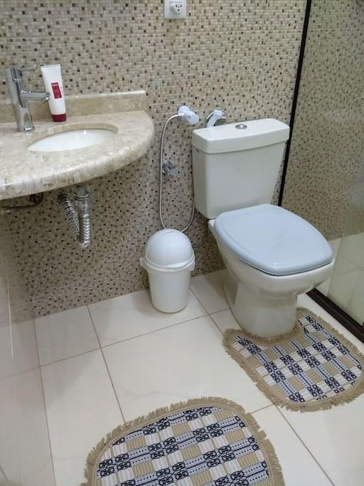 banheiro da suite 01