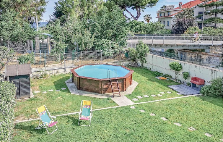Holiday apartment with 1 bedroom on 50m² in Sanremo