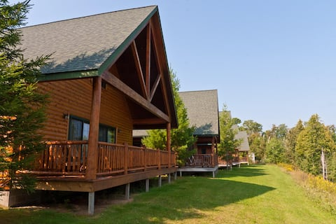 Drummond Island Resort - Bayside Cabin 2 Bedroom
