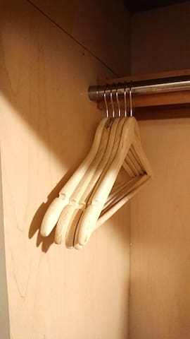 ハンガー10 10 hangers