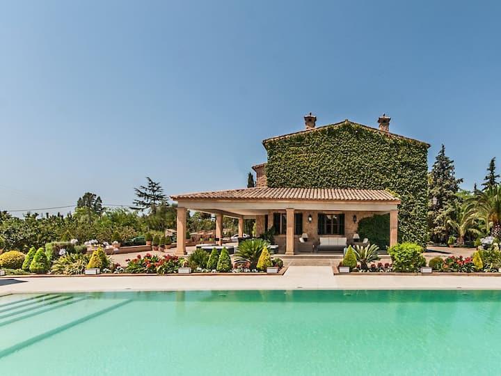 Exclusiva Villa con  piscina privada