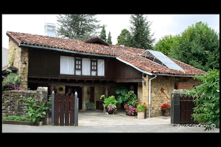 Room 01 for rent in countryhouse in Lezama