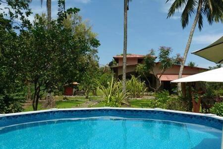 Garden Studio Casa Laguna