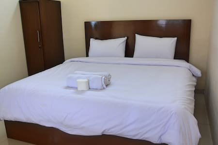 King Size Bed with Private Bathroom - Berastagi