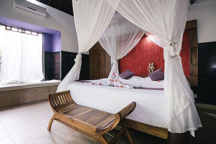 Luxury Bedroom in Mushroom Beach Lembongan