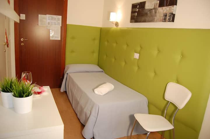 Single room hotel irene lignano