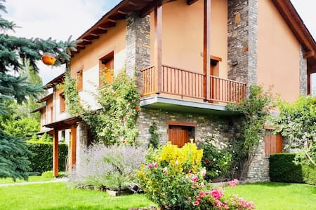 beautiful house with garden and bbq in La Cerdanya