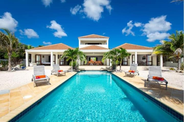 ✰ Luxury Dream ✰ Ocean Front Villa with Private Infinity Pool
