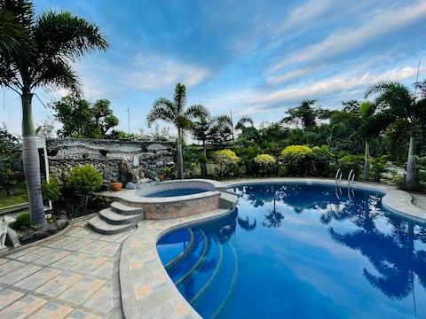 Gästehaus Pool Oasis in der Nähe von Tagaytay & Tageswanderungen