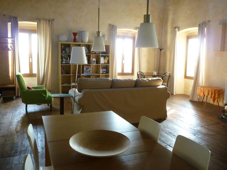 studio La Colombara living-dining area