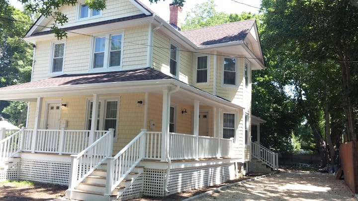 Newly Renovated Furnished - 2BR - Easy Check-in