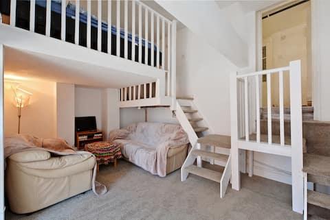 Scrabble House -  Flat in popular Sharrowvale  S11