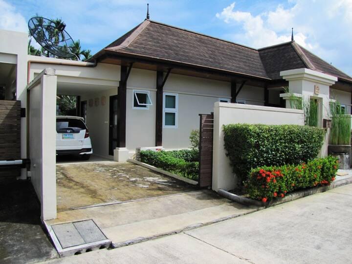 Balinese-style 4-bedroom pool villa