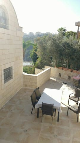 Charming Villa in Jerusalem - Jerusalem - House