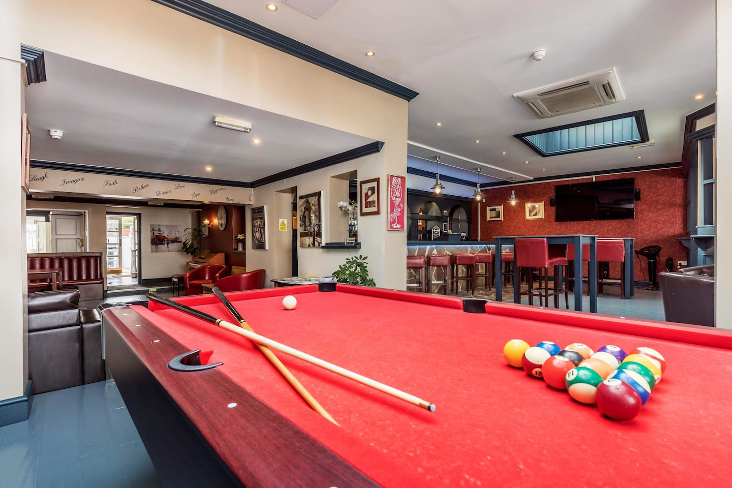 Lots of free extras free pool - arcade games - table tennis and air hockey