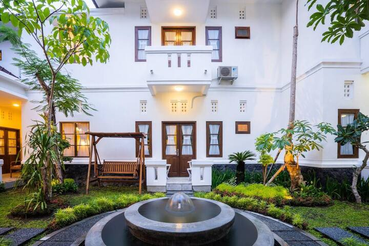 1 Private Room Near Tugu Jogja