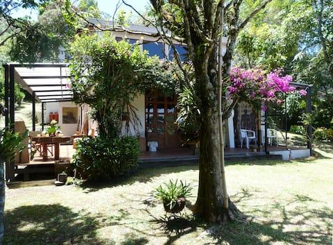 Apartamento campestre Casa Jade Aeropuerto J.M.C.