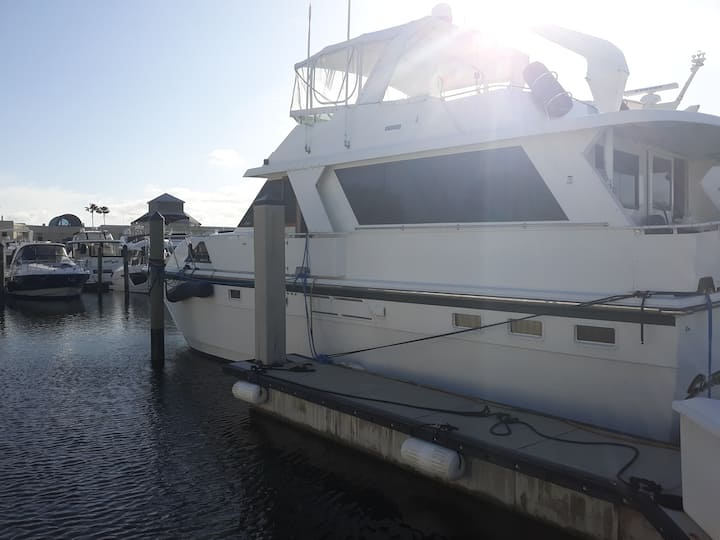 52 foot Motor Yacht
