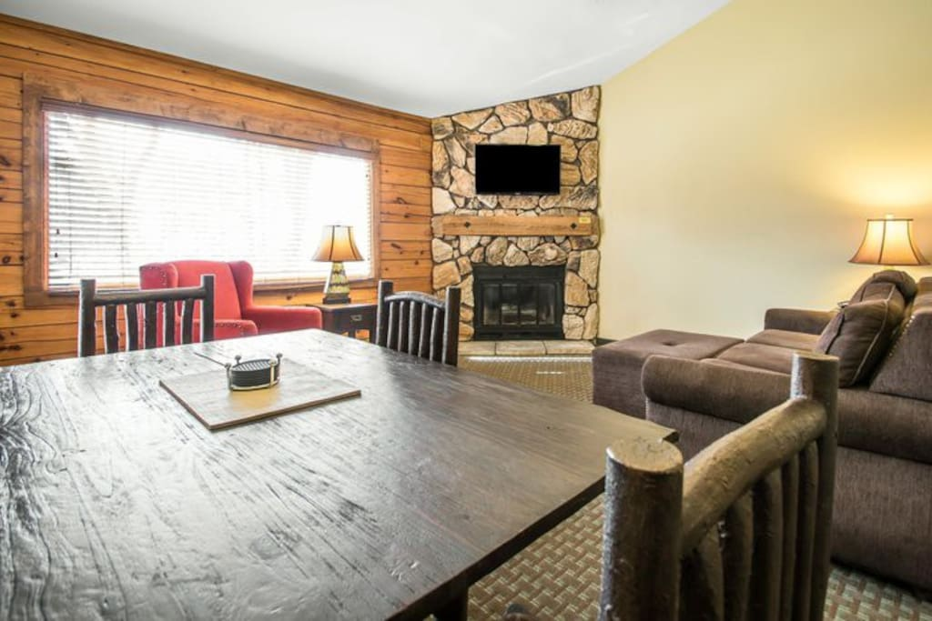Entire cabin christmas mtn wisc dells 2bed 2 baths for Cabins in wisconsin dells for rent