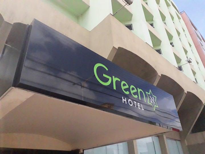 Green Hotel * Quarto 2