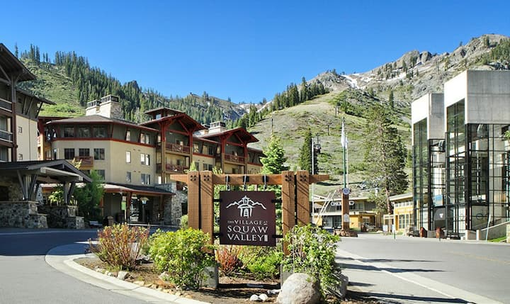 Private, cozy, resort in Squaw Valley