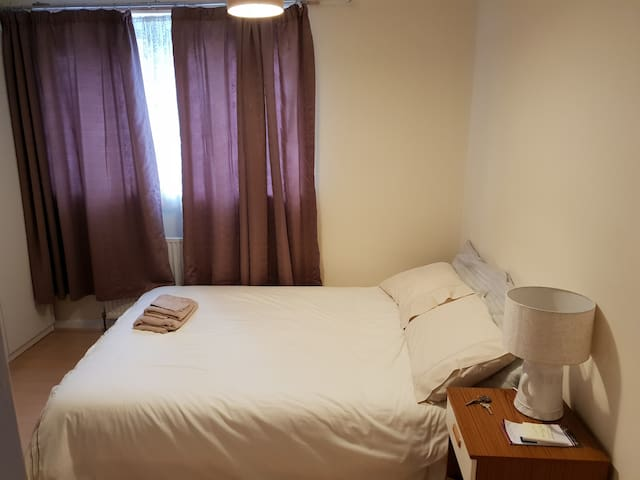 Cosy room in Meanwood, Leeds