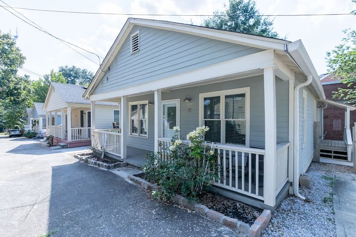 Modern Reynoldstown Cottage Steps from Beltline!