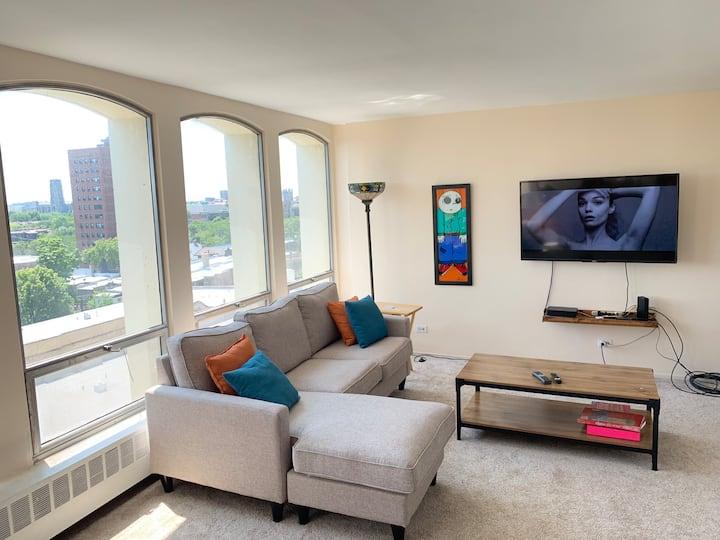 Cozy Sunny Big Studio By University of Chicago