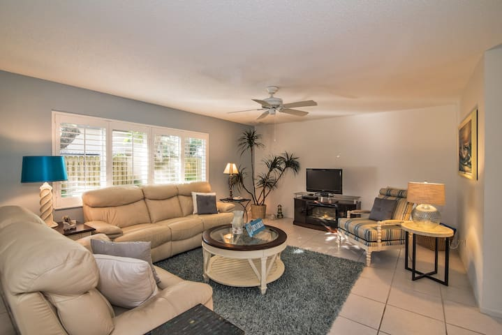 Villa Coquina - The Island Escape - Siesta Key - Villa