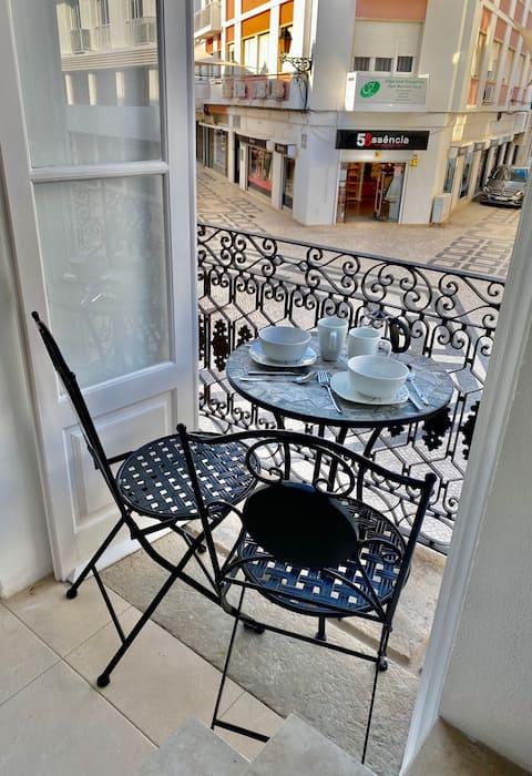 Sapphire Studio en el centro de Faro con balcón