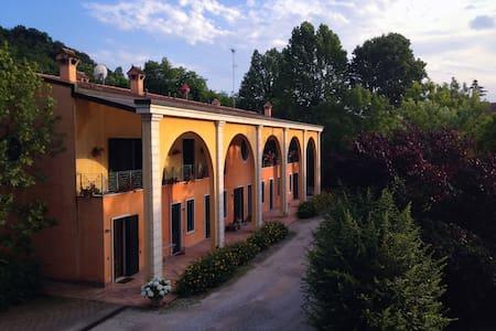 Appartamenti di Andrea, Borghetto, Valeggio S/M - Valeggio Sul Mincio