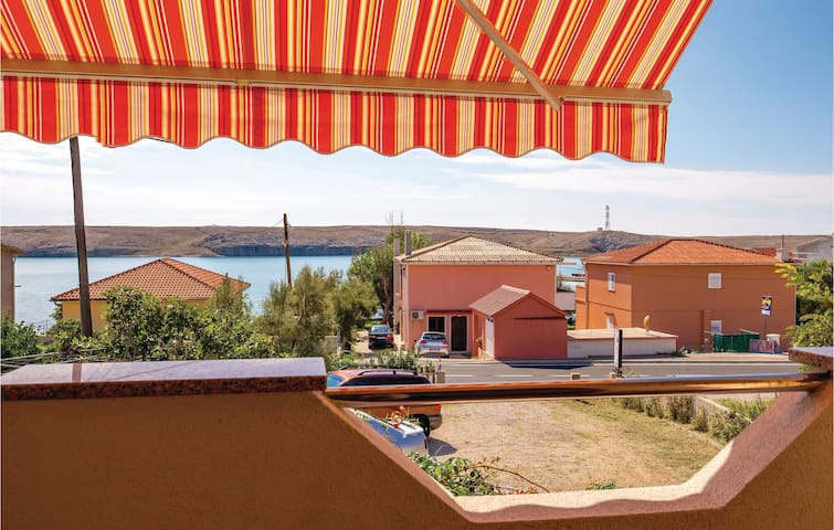 Holiday apartment with 1 bedroom on 36m² in Dinjiska
