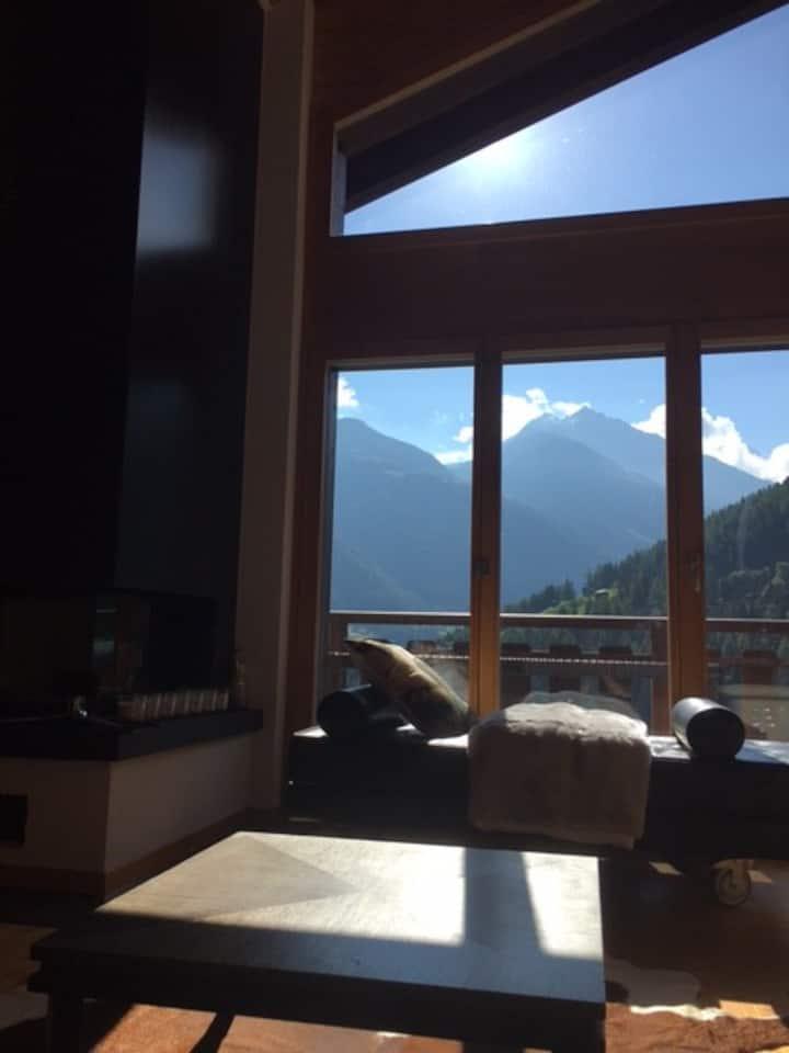 Swiss Luxury Chalet- Design, comfort and views!