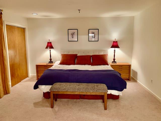 Master bedroom 2fl