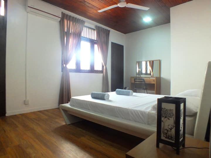 Double Room with Shower - Drop Inn Colombo