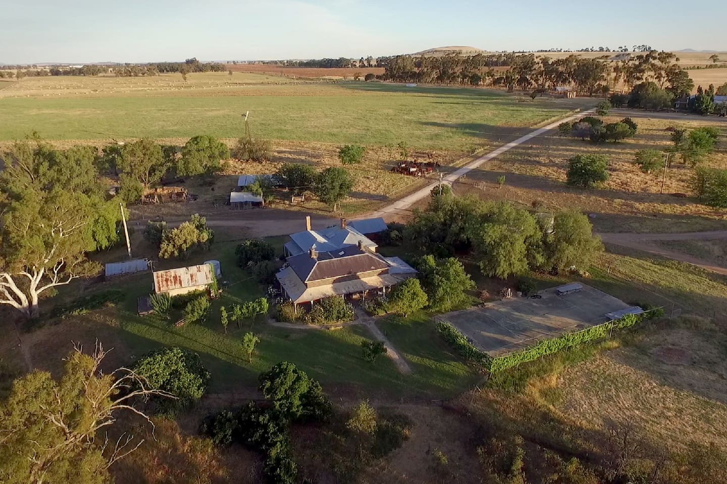 Beautiful old C18th stone homestead in Victorian Goldfields.