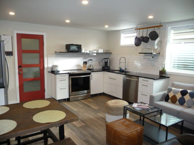 Modern Downtown Steamboat Getaway - 1 bedroom
