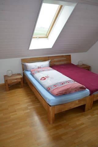 Zimmer Nr. 4 - Obersteckholz - Lägenhet